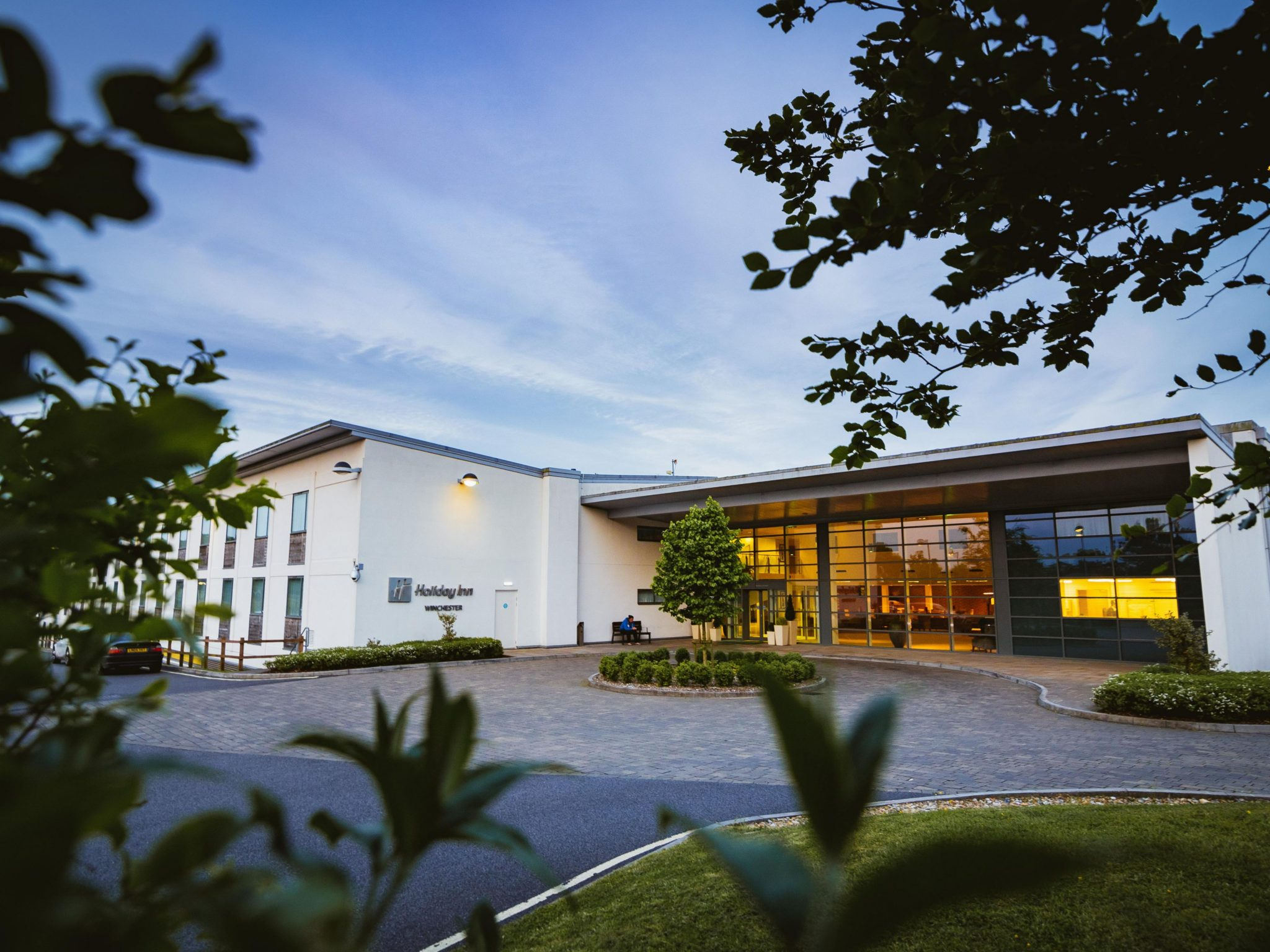 Holiday Inn Winchester by Darling Associates (Formerly Architect CT)