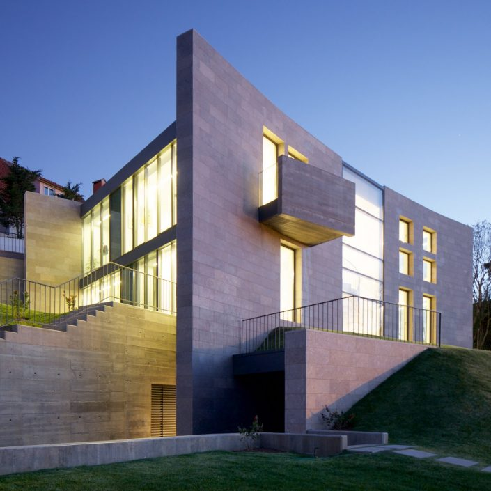 villa maria in portugal by darling associates